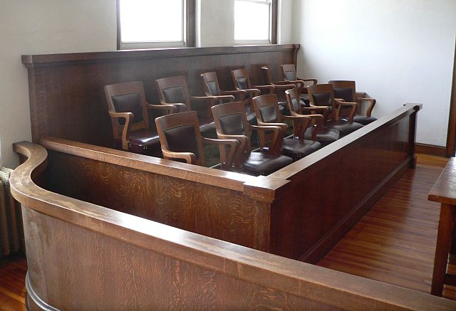 640px-Webster_County,_Nebraska_courthouse_courtroom_3